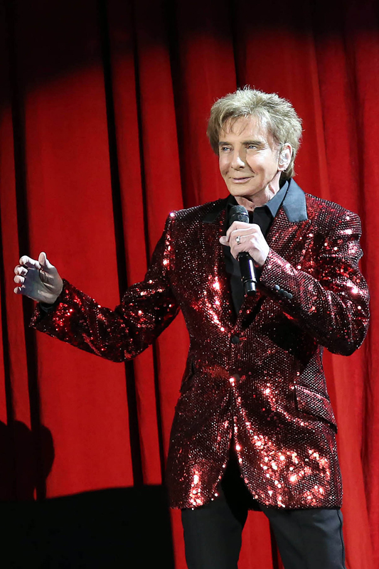 """Barry Manilow: """"A Very Barry Christmas"""" Tour at Allstate ..."""