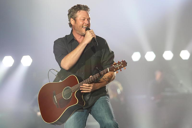 Blake Shelton Doing It To Country Songs Tour March