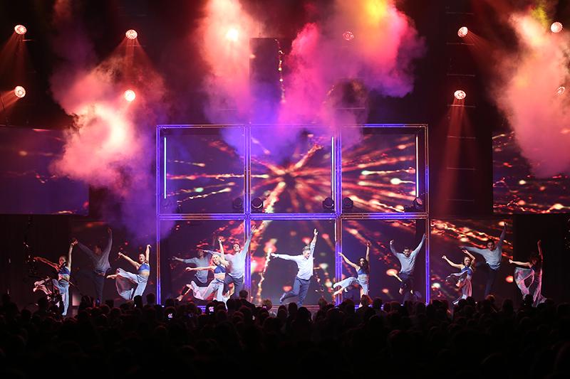 Derek And Julianne Hough Tour  Reviews