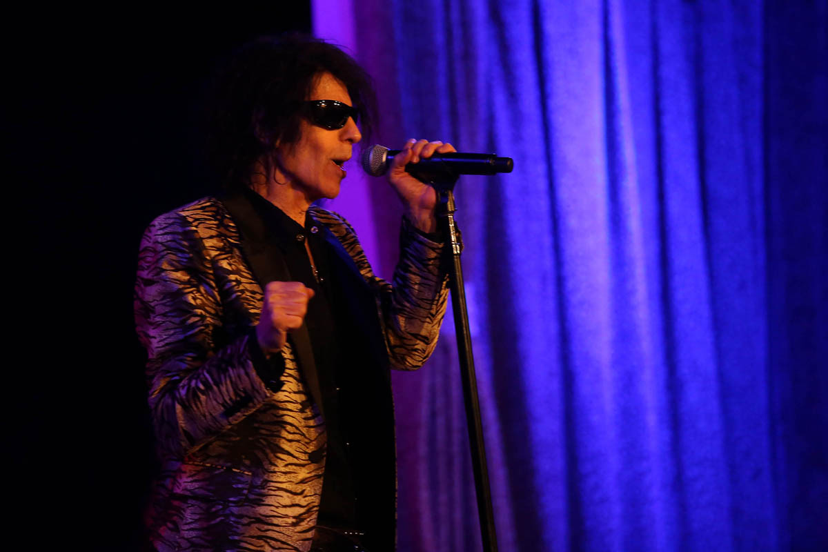 Peter Wolf Amp The Midnight Travelers A Cure For