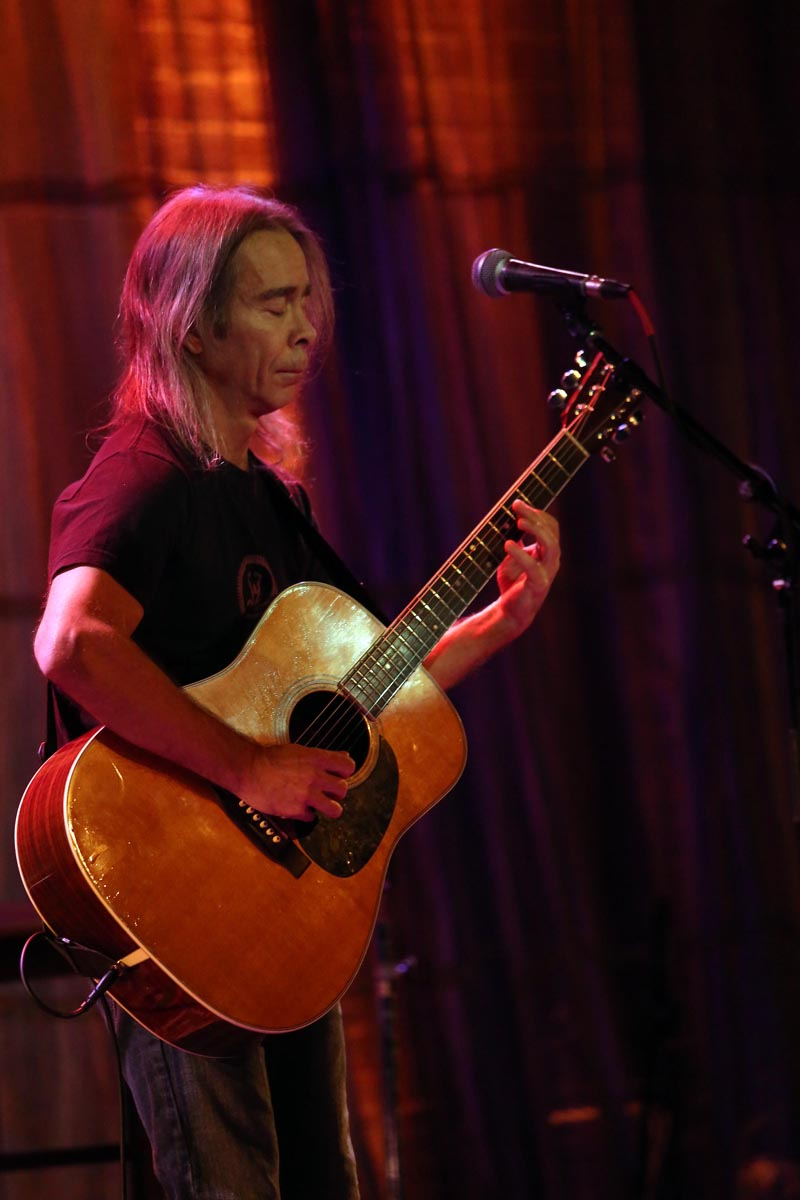 Tim reynolds at space chicago concert reviews