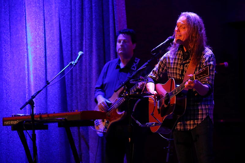 timothy b schmit leap of faith tour at city winery chicago concert reviews. Black Bedroom Furniture Sets. Home Design Ideas