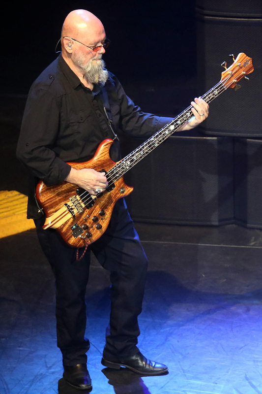 dixie dregs dawn of the dregs tour at vic theatre chicago concert reviews. Black Bedroom Furniture Sets. Home Design Ideas