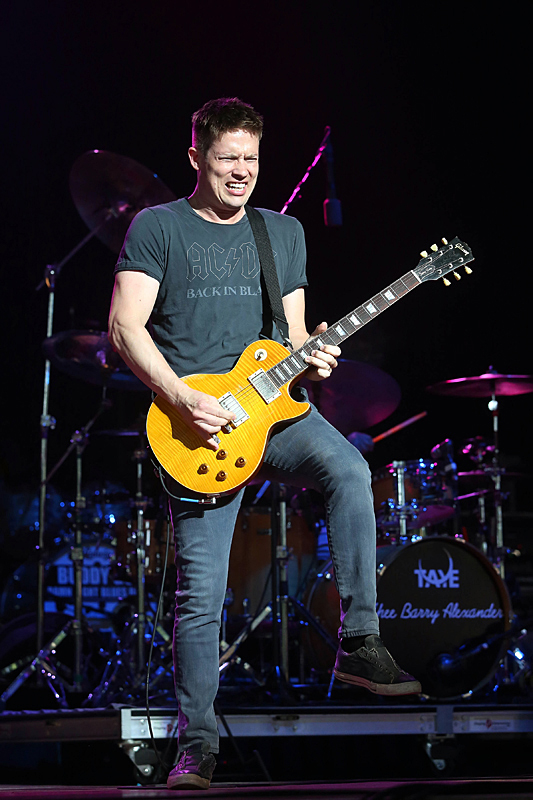 Jonny Lang Signs Tour At Ravinia Chicago Concert Reviews